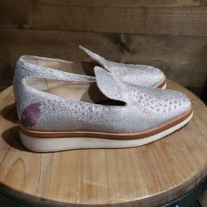 Free People silver/pink snake eye loafers 8